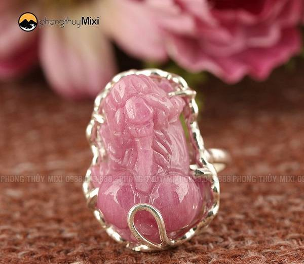 Nhẫn bạc Tỳ Hưu Sapphire hồng